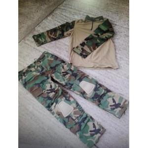 Uniforme COMBAT FROG suit, camo WOODLAND