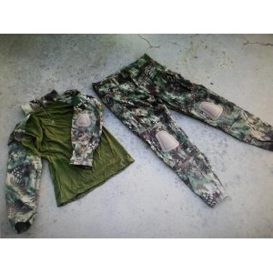 Uniforme COMBAT FROG suit, camo MR